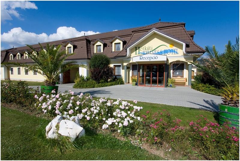 Augusztus 20. - Ír Est - Hétkúti Wellness Hotel**** - Mór - 15 938Ft/fő/éj + 2 813 pont/fő/éj