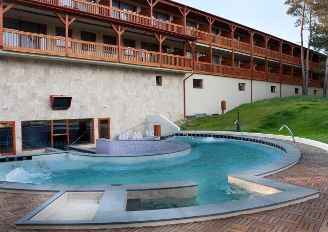 Virágkarnevál Erdőspusztán - Arbo Vendégház - Erdőspuszta Club Hotel**** - Debrecen - 16 560Ft/fő/éj + 1 840 pont/fő/éj