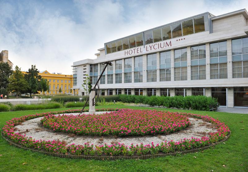 47. Debreceni Virágkarnevál - Hotel Lycium**** - Debrecen - 16 118Ft/fő/éj + 848 pont/fő/éj