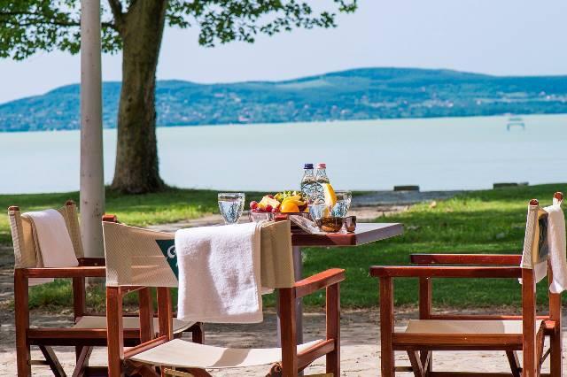 Augusztus 20. Balatonbogláron - Familia Hotel Balatonboglár - Balatonboglár - 11 828Ft/fő/éj + 623 pont/fő/éj